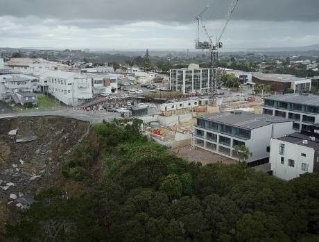 Q & A: Auckland Council and Auckland Transport discuss Rawene Rd slip
