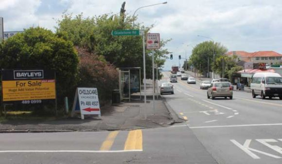 Onewa Rd shops and service station get green light