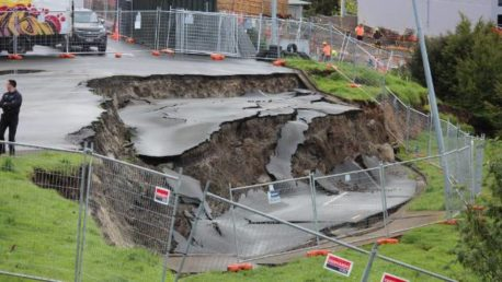 Part of public car park on Auckland's North Shore slips away
